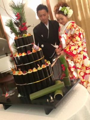 寿司ケーキ入刀.JPG